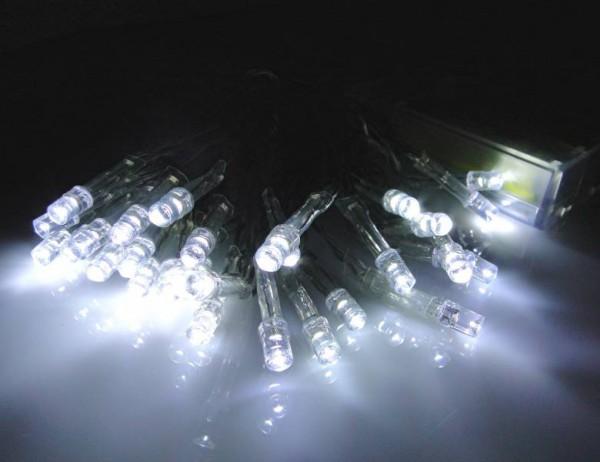 LED - Lichterkette 30 Lämpchen kaltweiß - Batteriebetrieb transparentes Kabel