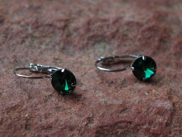 1 Paar Klapp Ohrhaken mit Strass-Stein 8mm emerald grün 01336