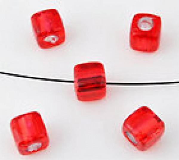 20 Kunststoffperlen rot 7mm Kubus mit Silberfolie 09875