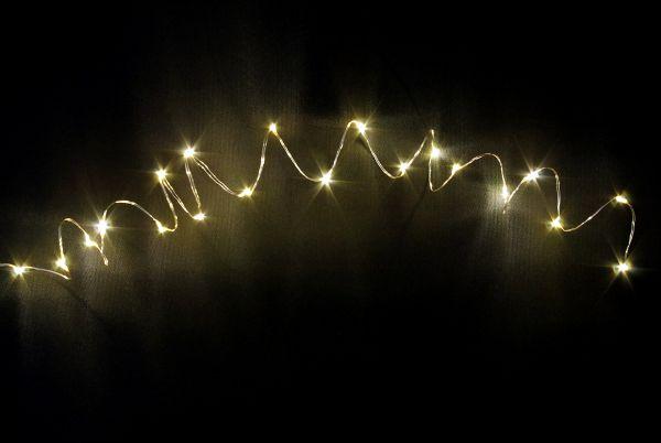 led lichterkette 20er micro silberdraht timer batteriebetrieben warmweiss batteriebetrieb. Black Bedroom Furniture Sets. Home Design Ideas