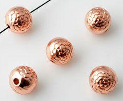 1 Perle roségold 8mm Muster Metall 10727
