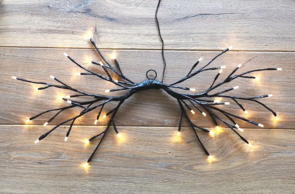 LED 144er Lichterzweig Ast schwarz hängend warmweiss Timer für innen und außen