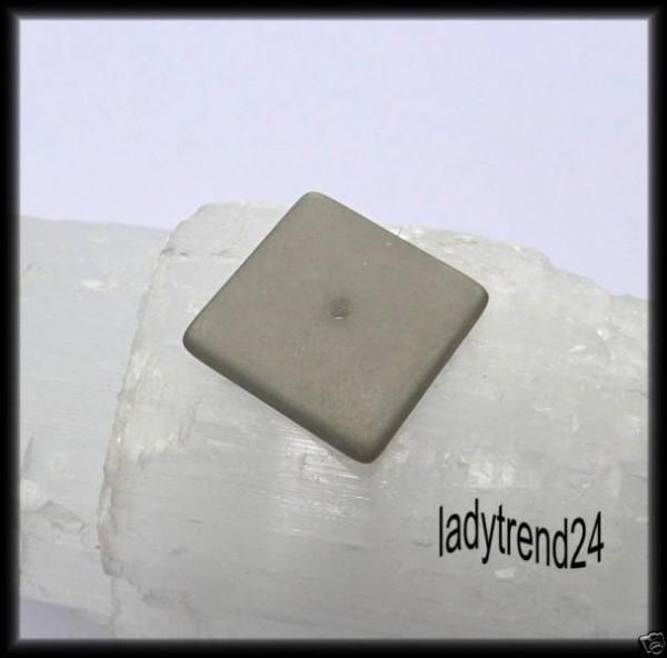 1 Polaris Quadrat Scheibe 16mm grau