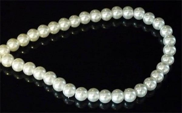 50 Glasperlen weiß 6mm Perle Kette 10413