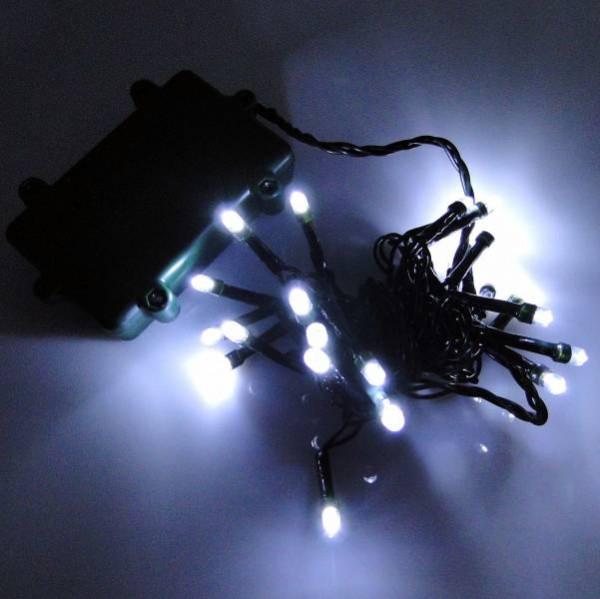 LED Lichterkette 24 Lämpchen + Timer + Batteriebetrieb kaltweiß