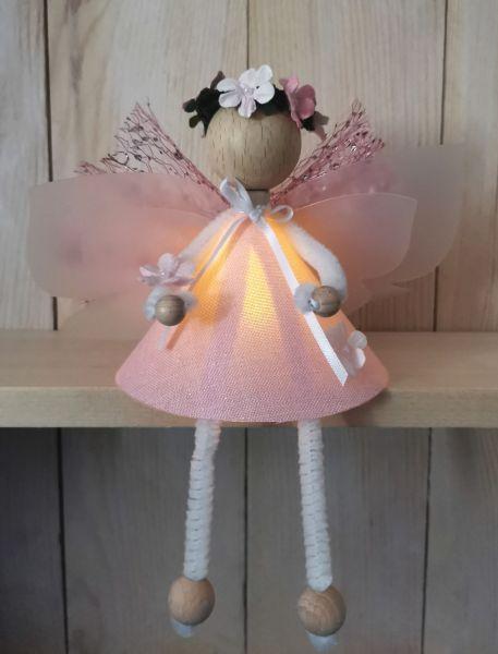"1 Glücksfee ""Lotte"" rosa sitzend Bastelpackung Fee basteln 12cm"