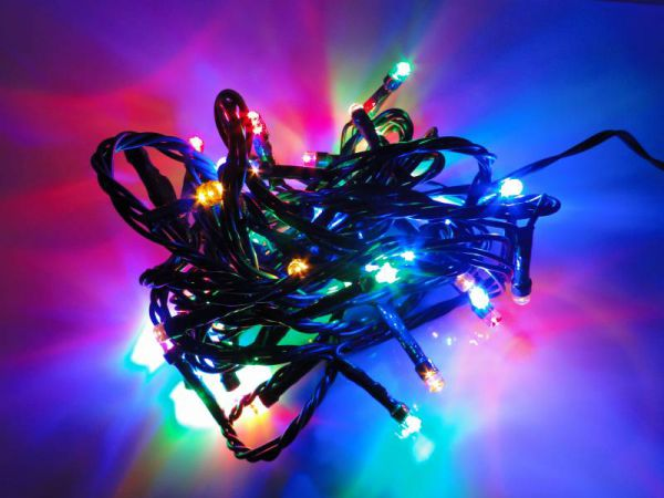 LED Lichterkette 48 Lämpchen + Timer + Batteriebetrieb + 8 Funktionen bunt