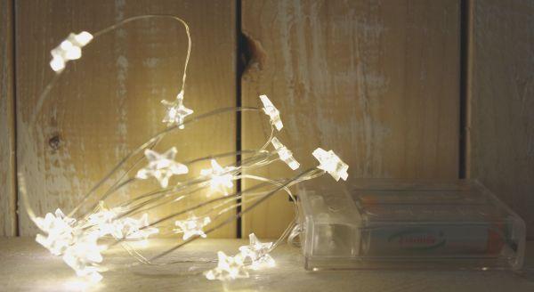 20-er LED Lichterkette Stern Timer Silberdraht warmweiß Batteriebetrieb