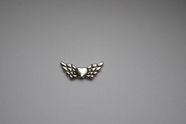 10 Engelflügel mit Herz 22x9mm silber/platin Metall Flügel 02410