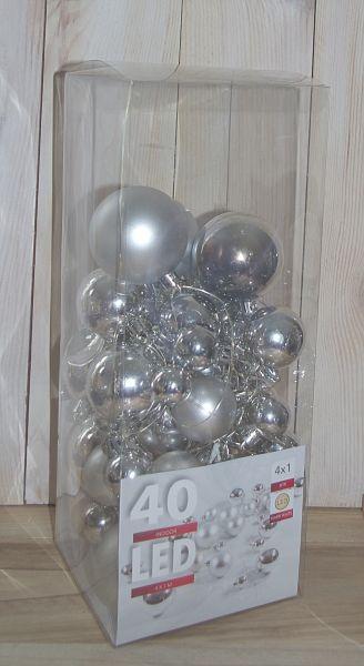 40er LED Drahtlichterkette mit silbernen Kugeln